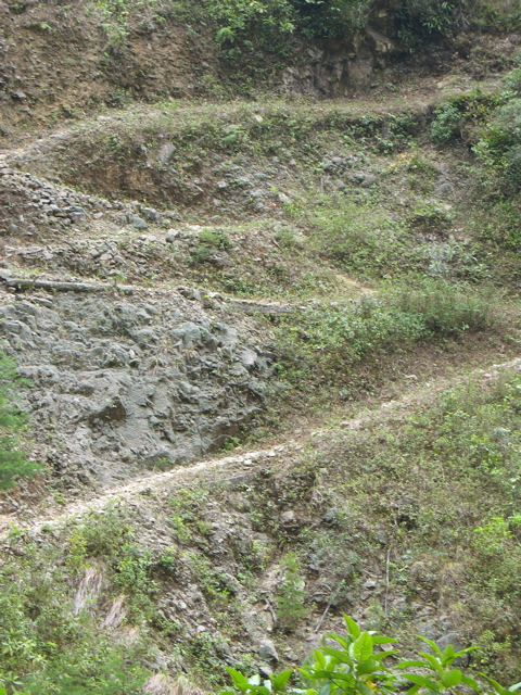 Vertiginous trail.